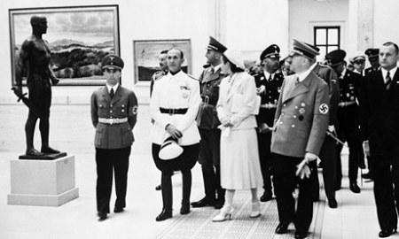 """Hitler Shows Off """"Purged Art"""""""
